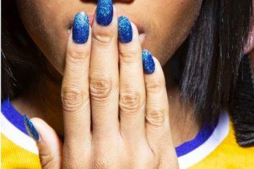 moda unas 2019 glitter azul